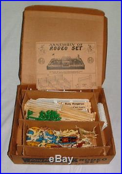 1950s MARX ROY ROGERS RODEO PLAYSET FANTASTIC CONDITION IN BEAUTIFUL BOX