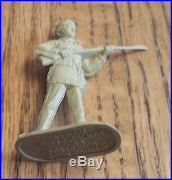 1955 MARX Davy Crockett at the Alamo Playset #3540 100% complete