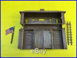 1959 Marx Fort Apache 3682 Playset'Blockhouse Over Gate' w Embossed Lettering