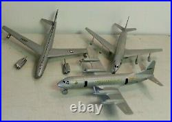 1960's Marx American Airlines International Jetport Series 2000 No 4812 with Acces
