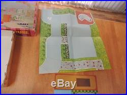 1960's RARE Marx Doll House See & Play Miniature Doll House withpeople, furniture+
