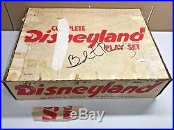 1961 MARX DISNEYLAND PLAYSET #4369 with BOX & INSTRUCTIONS RARE LQQK
