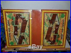 1968 LOUIS MARX 4685 CARRY-ALL Action FORT APACHE PLAY SET Cowboys & Indians Lot