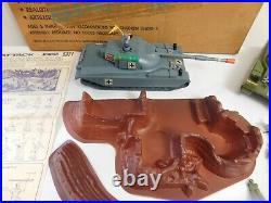 1977 Aurora Imagin Action Tank Attack 5371 Marx Type Playset In Box
