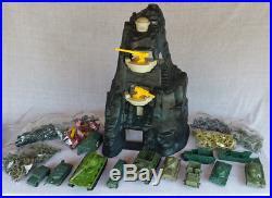 330+ PIECE Marx Navarone 3412 playset WWII Army Men Tanks Accessories