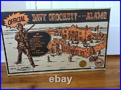 Davy Crockett At The Alamo Marx Set