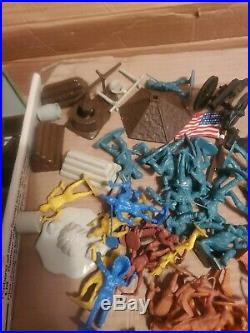 FORT APACHE PLAYSET VINTAGE # 3681 MARX TOYS with ORIGINAL BOX