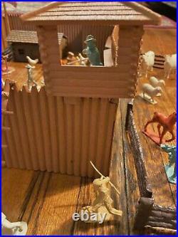 Fort Apache Stockade 2000 Vintage 1957 Marx Western Playset