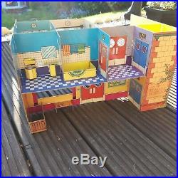 Louis Marx Hospital Playset 2507 boxed Vintage 1970s complete fischer price