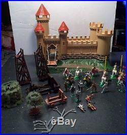 Louis Marx miniature playset Knights & Castle with Box, Figures, Castle, Access