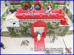 MARX CASTLE FORT, MEDIEVAL PLAYSET with ORIGINAL BOX, Vintage 1950, WOW