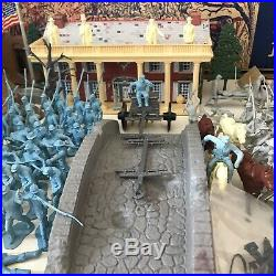 MARX CENTENNIAL- BATTLE OF THE BLUE & GRAY PLAY SET No. 5929 98% IN BOX