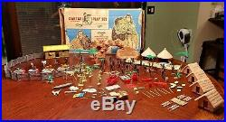 MARX Daktari Playset 3720 1967 Jungle Animals Natives Huts Palms Box INCOMPLETE