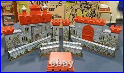 MARX J. C. PENNEY KNIGHTS & VIKINGS PLAY SET 1972 Near Complete withBox