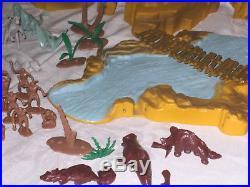 MARX One Million BC minty green gray DINOSAURS Cavemen mountain figures IN BOX