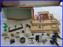 MARX Orig. Series 1000 3754 Cmplete Zorro playset with Cave Excellent