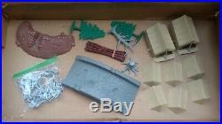 MARX Original 1961 GIANT CIVIL WAR Blue & Gray Playset Plastic Figures