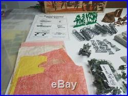 Marx Battleground 4757 Chaberlain Art Box Playset Complete With Extras
