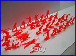 Marx Battleground Playset 32 Us Soldiers In Rare Dayglo Red Originals Mint
