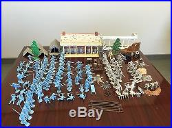 Marx Civil War Original Partial Playset Blue and Gray with Mansion