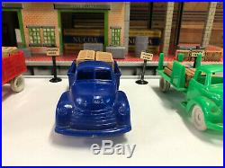 Marx Freight Station with Accessories, Vintage 1950's with Box