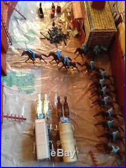 Marx Giant Fort Apache Playset #6063- original vintage