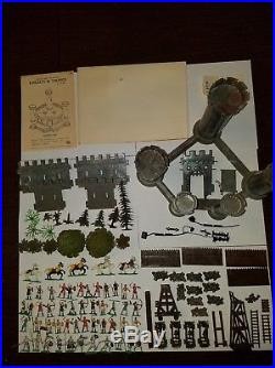 Marx Miniature Playset Knights and Vikings EXTREMELY RARE MINT war soldiers toys
