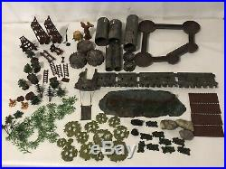 Marx Miniature Playset Knights and Vikings EXTREMELY RARE war soldiers toys