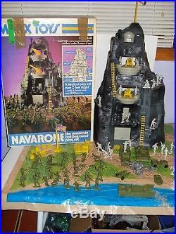Marx Navarone Playset # 3412 with box & playmat NEAR COMPLETE very Nice
