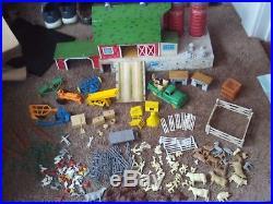 Marx No. 5968 Happi Time Mechanized Platform Barn Farm Set Vintage 1961