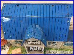Marx Pedigree Dairy Farm Lot withSilo Blue Roof Happi Time Chicken Shed Fence Crop
