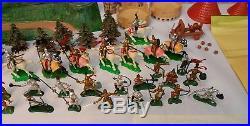 Marx toys Knights Castle Miniature PlaySet DZI vintage 1960