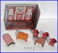 Miniature Dollhouse Marx 1920s Tin Litho Newlyweds 4 Rooms with 20 pcs. Furniture