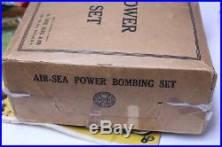 NICE VINTAGE MARX TIN AIR SEA POWER BOMBING BOMBER AIRPLANE PLAYSET With BOX