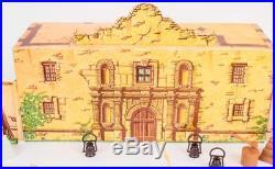 Old Marx playlet Walt Disneys Davy Crockett Alamo Tin Lithograph & Soilders
