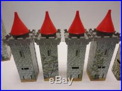 Original 1950s Marx ROBIN HOOD Castle Soldier Playset RARE
