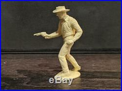 Original Gunsmoke Marx Playset Marshal Matt Dillon Figure Pristine Condition