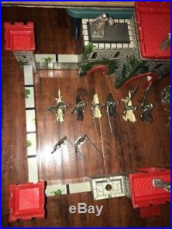 Prince Valiant Castle Fort Playset 4706 With Box & Figures Louis Marx Co