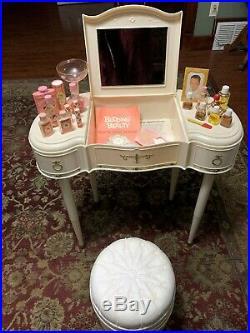 RARE 1967 Budding Beauty Vanity Table! Complete Original Set! Excellent