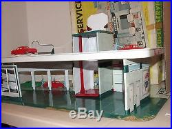 RARE! Marx Super Service Station 3483 Tin Playset with Box Cars People Accessories