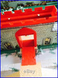 RARE Original Nearly Complete 1960's Marx Midevil Castle w Vikings & Knights