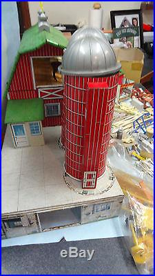 RARE Vintage 1950s Marx Happi Time Dairy Farm Tin Litho Playset with 230 Pieces