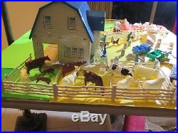 Rare Drop Dead Gorgeous Vgt Marx Pedigree Dairy Farm Barn withCows, Bulls & More