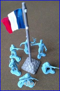 Rare Vintage Marx European Theater Play Set French Soldiers and Flag. ORIGINAL