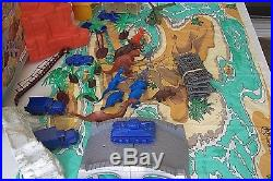 Re-MARX 1991 Isle 0f Terror Vintage Jurassic Village Play Set
