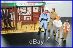 The Lone Ranger Rides Again Jail + Figures Nice Rare Playset