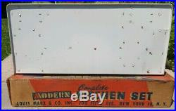 VINTAGE 1950'S MARX MODERN KITCHEN SET & ACCESSORIES With BOX