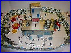 VINTAGE 1950'S MARX TOM CORBETT SPACE ACADEMY TIN LITHO PLAYSET WithORIG. BOX NMINT
