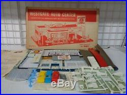 VINTAGE 1960's MARX TOYS WESTGATE AUTO CENTER METAL PLAYSET BRAND NEW IN BOX