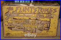 VINTAGE 1961 MARX FLINTSTONES PLAY SET with BOX